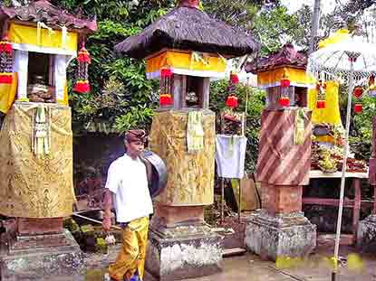 small temples Seseh