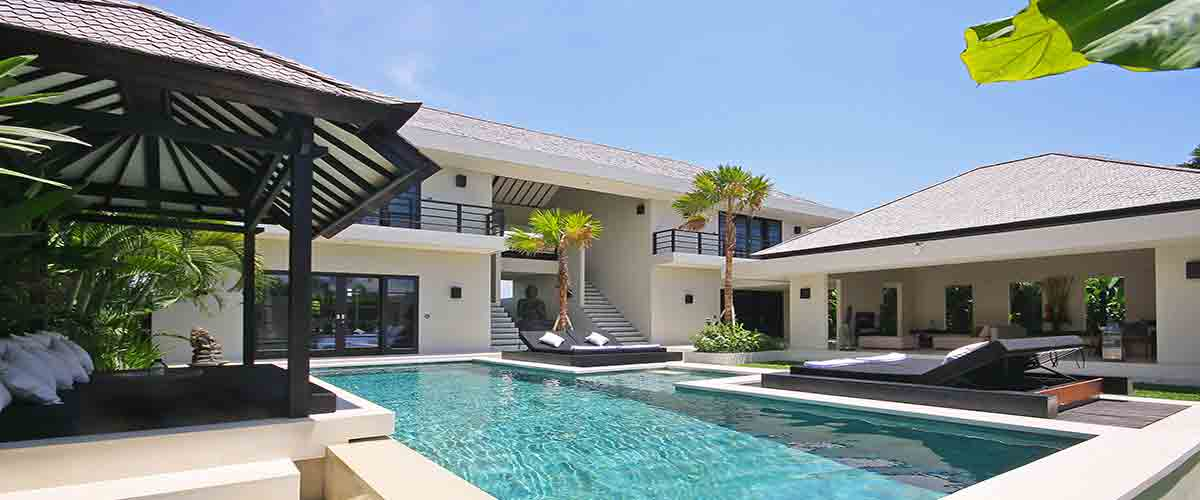 Luxus Villa mit Pool und full service in Canggu